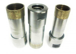Internal threaded diamond drill bits