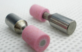 Pink-aluminum-oxide-mounted-point