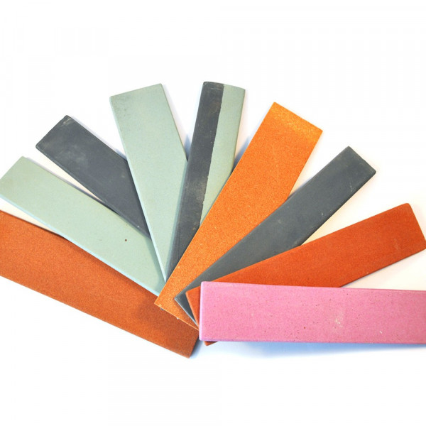 Sharpening stones for rubber tapping knives