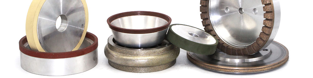 Grinding wheels with different grits
